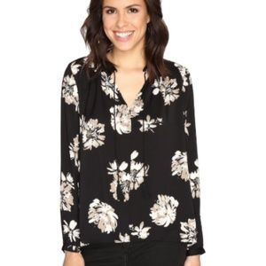 NEW Lucky Brand black & white floral blouse XS
